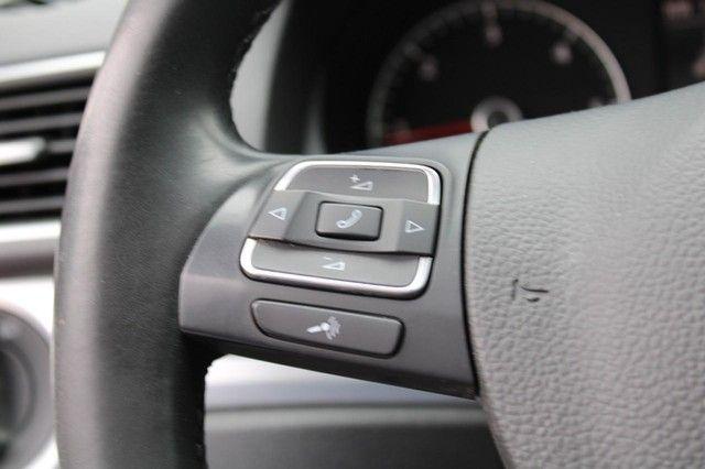 2012 Volkswagen Passat TDI SE w/Sunroof & Nav St. Louis, Missouri 15
