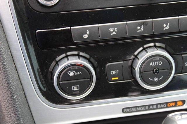 2012 Volkswagen Passat TDI SE w/Sunroof & Nav St. Louis, Missouri 18