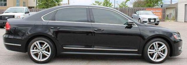 2012 Volkswagen Passat TDI SE w/Sunroof & Nav St. Louis, Missouri 3