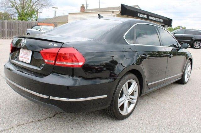2012 Volkswagen Passat TDI SE w/Sunroof & Nav St. Louis, Missouri 4