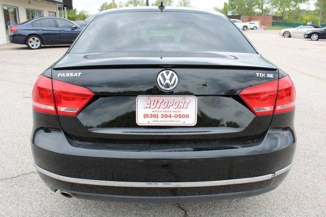 2012 Volkswagen Passat TDI SE w/Sunroof & Nav St. Louis, Missouri 5