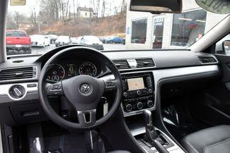 2012 Volkswagen Passat TDI SE w/Sunroof & Nav Waterbury, Connecticut 17
