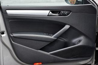 2012 Volkswagen Passat TDI SE w/Sunroof & Nav Waterbury, Connecticut 28