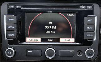 2012 Volkswagen Passat TDI SE w/Sunroof & Nav Waterbury, Connecticut 35
