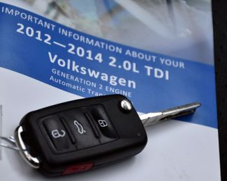 2012 Volkswagen Passat TDI SE w/Sunroof & Nav Waterbury, Connecticut 39