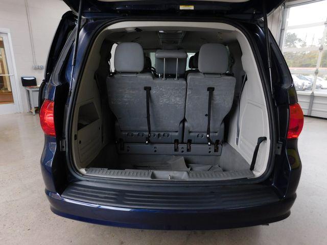 2012 Volkswagen Routan SE in Airport Motor Mile ( Metro Knoxville ), TN 37777