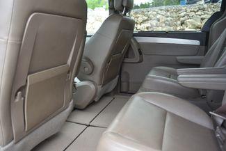 2012 Volkswagen Routan SE Naugatuck, Connecticut 11
