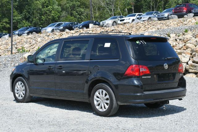 2012 Volkswagen Routan SE Naugatuck, Connecticut 2