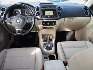 2012 Volkswagen Tiguan SE w/Sunroof & Nav Englewood, CO 10