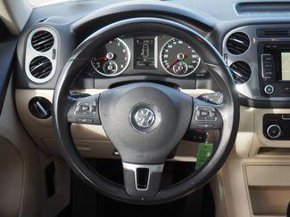 2012 Volkswagen Tiguan SE w/Sunroof & Nav Englewood, CO 11