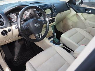 2012 Volkswagen Tiguan SE w/Sunroof & Nav Englewood, CO 13