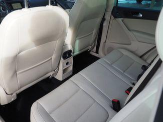 2012 Volkswagen Tiguan SE w/Sunroof & Nav Englewood, CO 9
