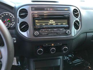 2012 Volkswagen Tiguan S Farmington, MN 6