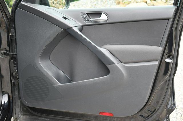 2012 Volkswagen Tiguan S w/Sunroof Naugatuck, Connecticut 12