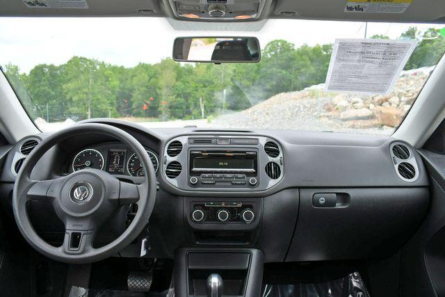 2012 Volkswagen Tiguan S w/Sunroof Naugatuck, Connecticut 19