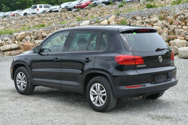 2012 Volkswagen Tiguan S w/Sunroof Naugatuck, Connecticut 4