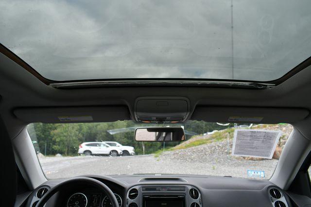 2012 Volkswagen Tiguan S w/Sunroof 4WD Naugatuck, Connecticut 3