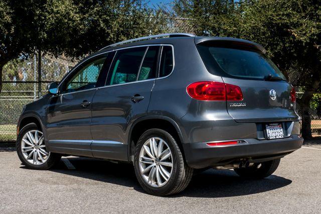2012 Volkswagen Tiguan SE w/Sunroof  Nav Reseda, CA 6