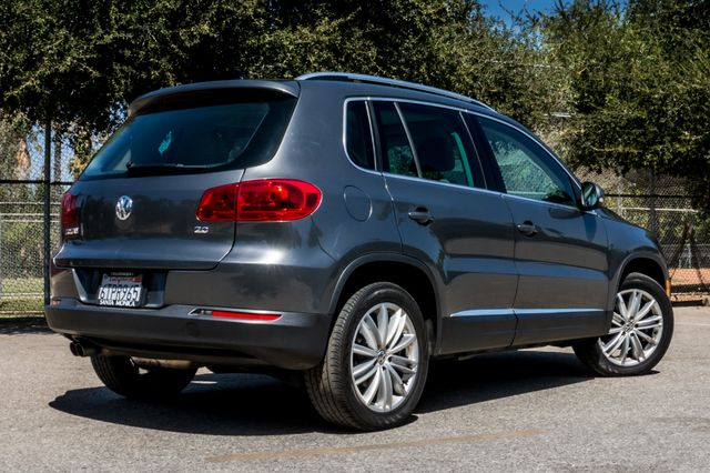 2012 Volkswagen Tiguan SE w/Sunroof  Nav Reseda, CA 9