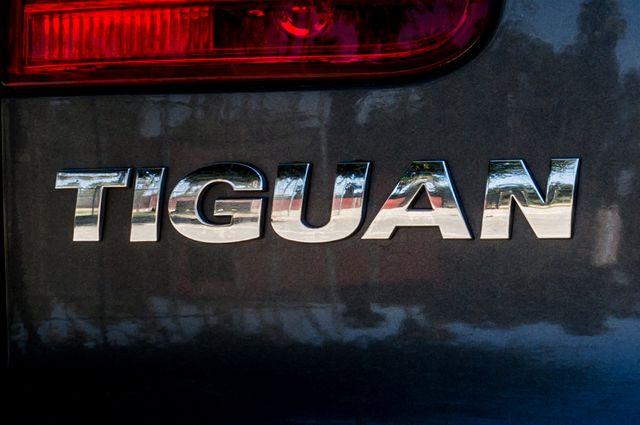 2012 Volkswagen Tiguan SE w/Sunroof  Nav Reseda, CA 47