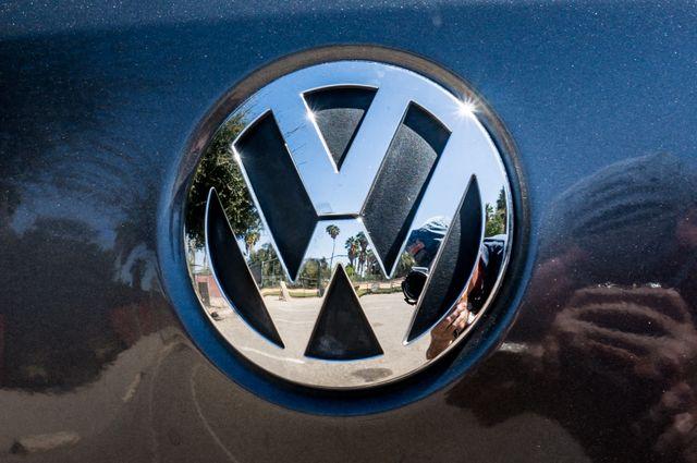 2012 Volkswagen Tiguan SE w/Sunroof  Nav Reseda, CA 48