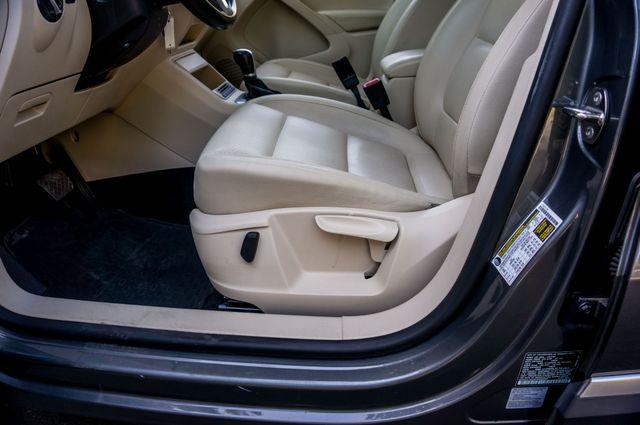 2012 Volkswagen Tiguan SE w/Sunroof  Nav Reseda, CA 12