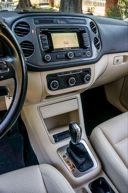 2012 Volkswagen Tiguan SE w/Sunroof  Nav Reseda, CA 22