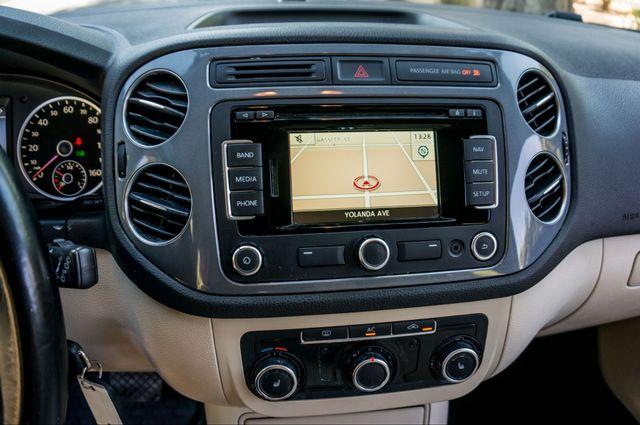 2012 Volkswagen Tiguan SE w/Sunroof  Nav Reseda, CA 23