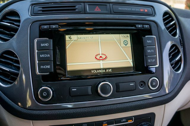 2012 Volkswagen Tiguan SE w/Sunroof  Nav Reseda, CA 24