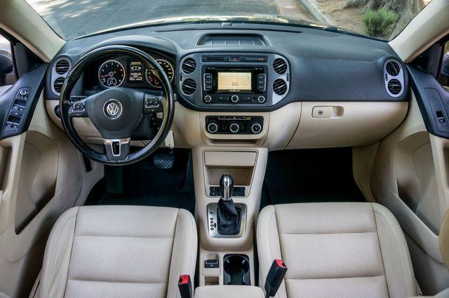 2012 Volkswagen Tiguan SE w/Sunroof  Nav Reseda, CA 16