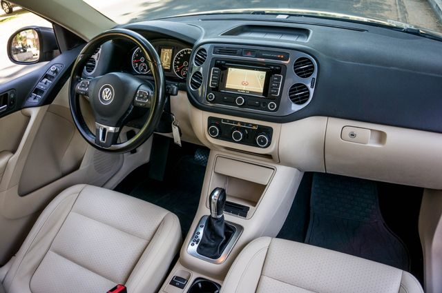 2012 Volkswagen Tiguan SE w/Sunroof  Nav Reseda, CA 34