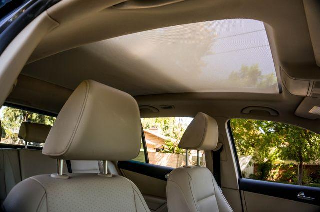 2012 Volkswagen Tiguan SE w/Sunroof  Nav Reseda, CA 36