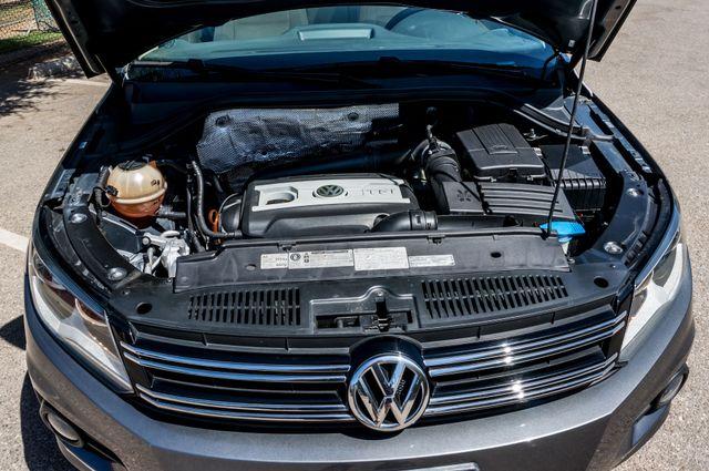 2012 Volkswagen Tiguan SE w/Sunroof  Nav Reseda, CA 38