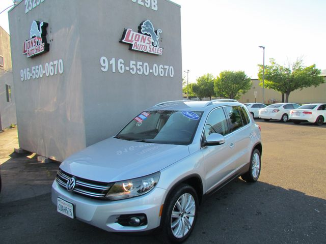 2012 Volkswagen Tiguan SE Leather in Sacramento, CA 95825