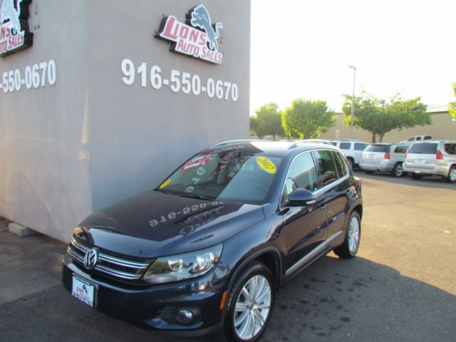 2012 Volkswagen Tiguan SE in Sacramento, CA 95825