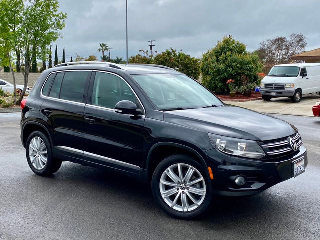 2012 Volkswagen TIGUAN SE AUTOMATIC LEATHER 72K MLS NEW TIRES SERVICE RECORDS in Van Nuys, CA 91406