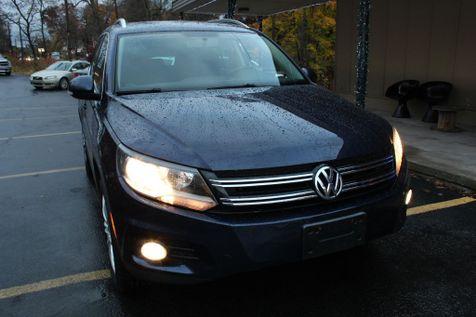2012 Volkswagen Tiguan SE w/Sunroof & Nav in Shavertown