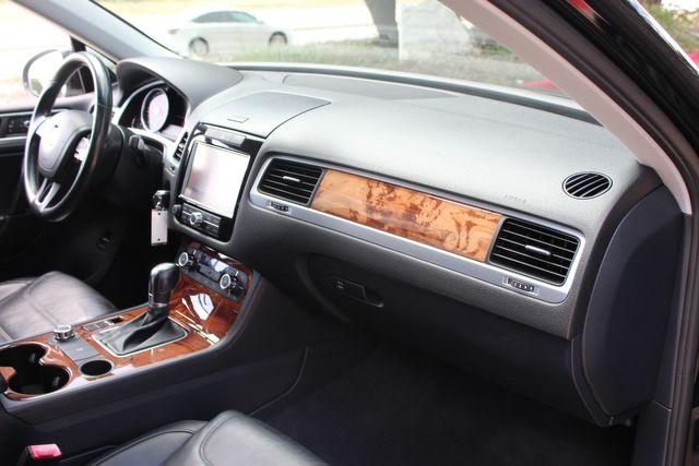 2012 Volkswagen Touareg Lux Austin , Texas 16