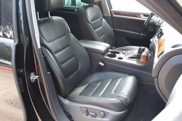 2012 Volkswagen Touareg Lux Austin , Texas 17