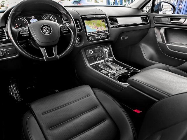 2012 Volkswagen Touareg Sport w/Nav Burbank, CA 9