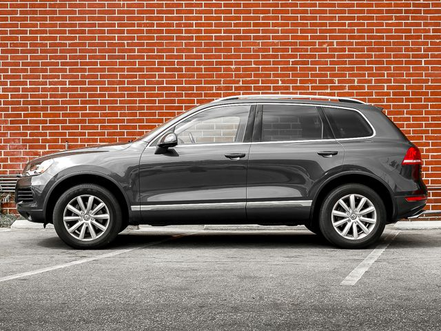 2012 Volkswagen Touareg Sport w/Nav Burbank, CA 3