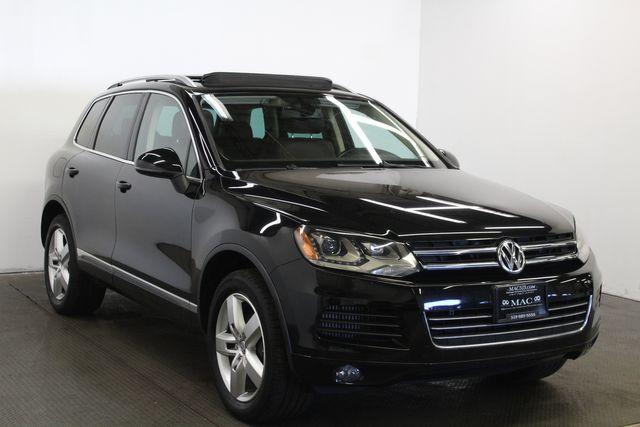 2012 Volkswagen Touareg Lux