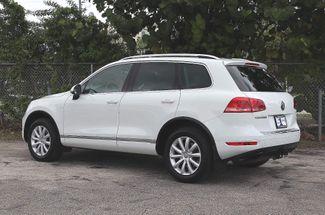 2012 Volkswagen Touareg Sport w/Nav Hollywood, Florida 7