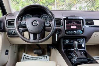 2012 Volkswagen Touareg Sport w/Nav Hollywood, Florida 18