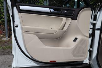 2012 Volkswagen Touareg Sport w/Nav Hollywood, Florida 51