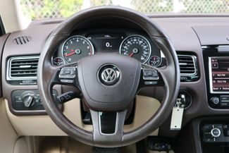 2012 Volkswagen Touareg Sport w/Nav Hollywood, Florida 15