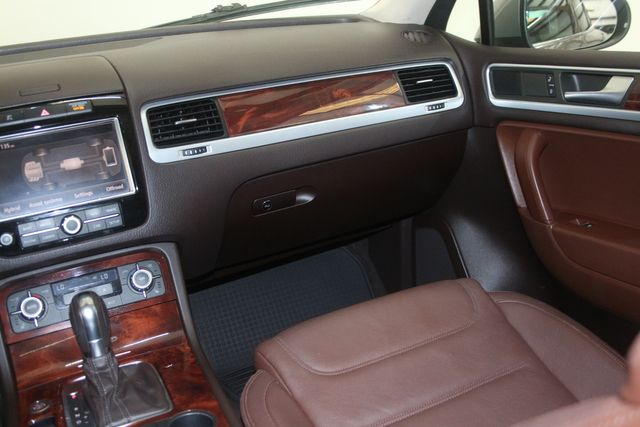 2012 Volkswagen Touareg HYBRID Houston, Texas 14