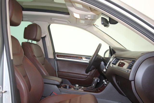 2012 Volkswagen Touareg HYBRID Houston, Texas 17