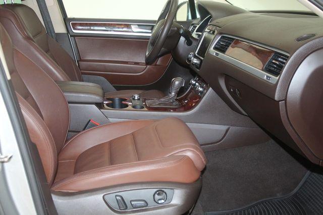 2012 Volkswagen Touareg HYBRID Houston, Texas 18