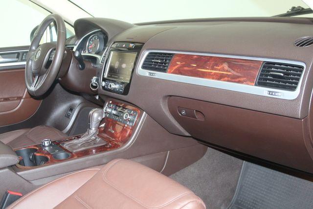 2012 Volkswagen Touareg HYBRID Houston, Texas 19